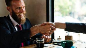 3 مهارت که شما را به یک فروشنده حرفه ای تبدیل می کند!